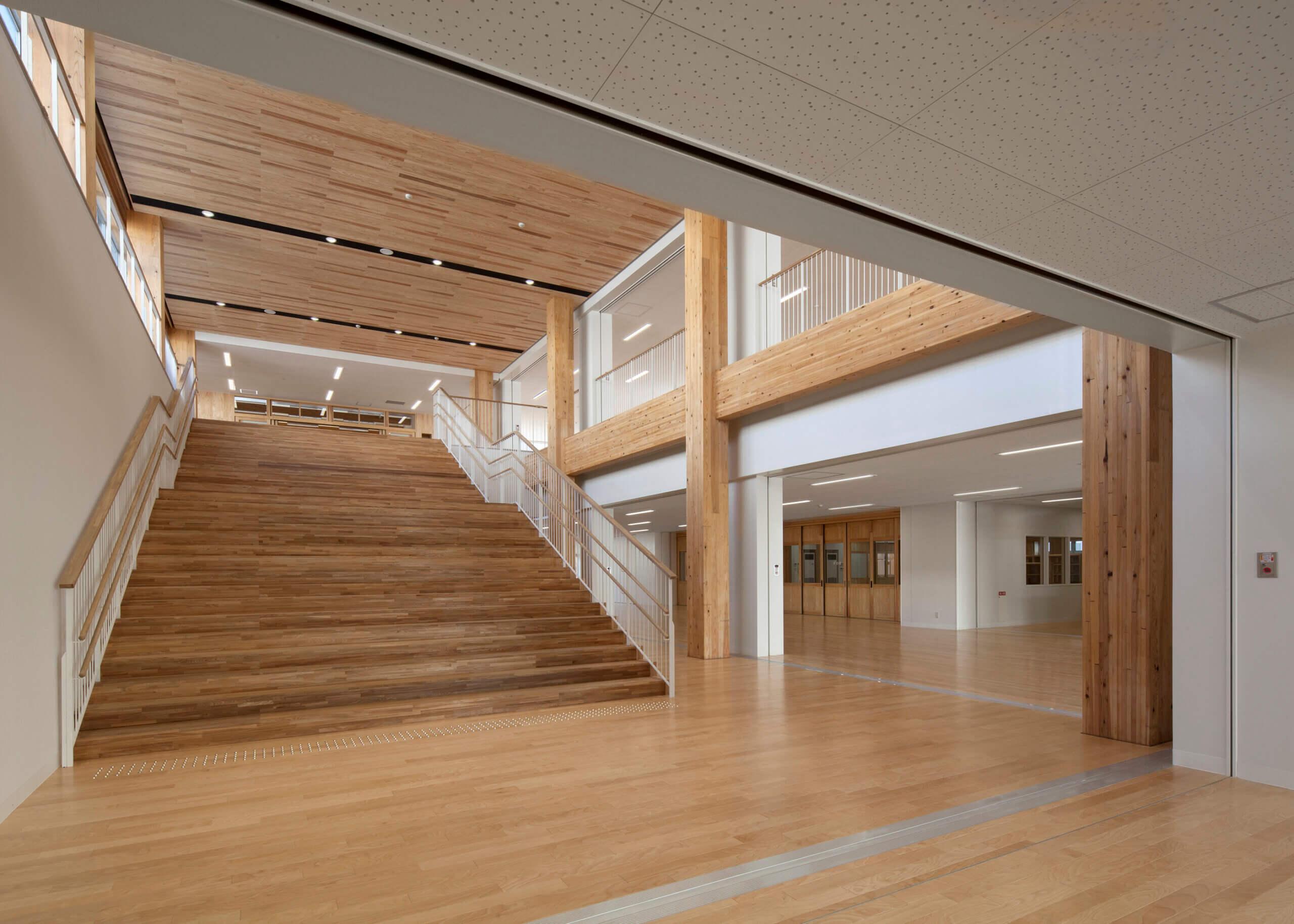 木造建築の施工事例:大槌町立大槌学園小中一貫教育校(校舎棟) 5枚目