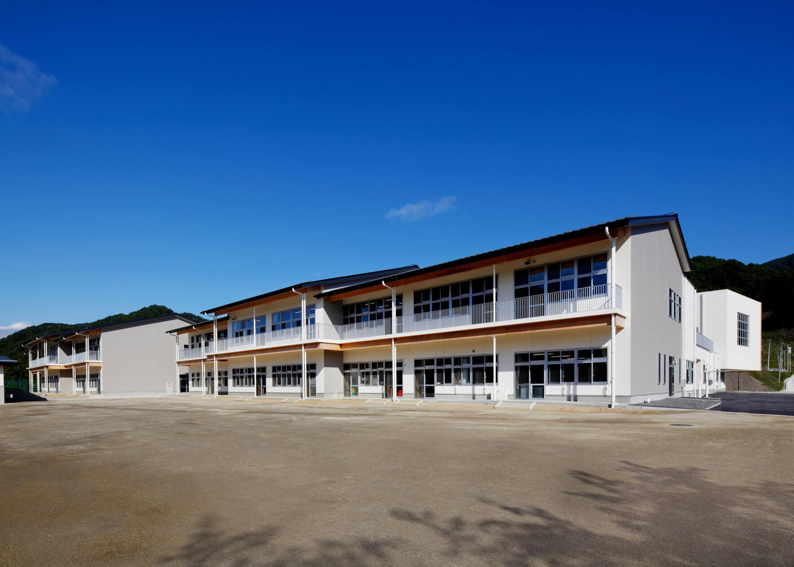 木造建築の施工事例:大槌町立大槌学園小中一貫教育校(校舎棟) 4枚目