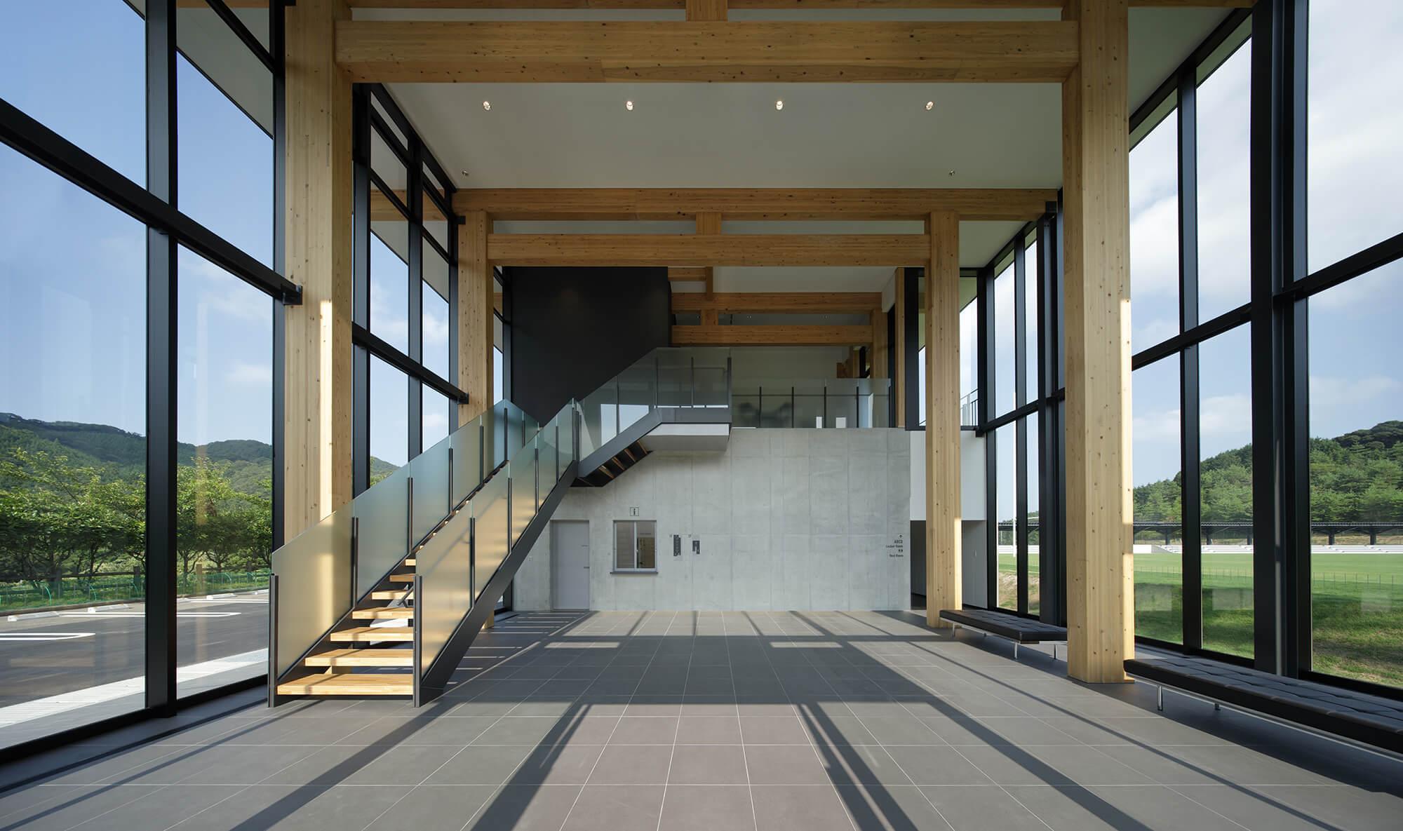 木造建築の施工事例:長門市俵山多目的交流広場 クラブハウス 4枚目