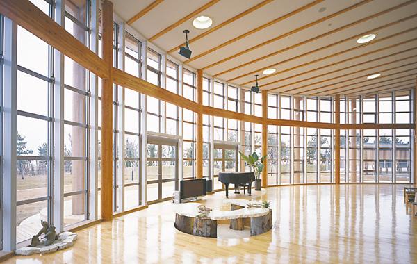 木造建築の施工事例:海と森ふれあい体験館 Shell Hall 2枚目