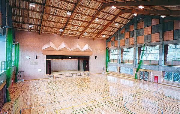 木造建築の施工事例:大口市立大口小学校 2枚目
