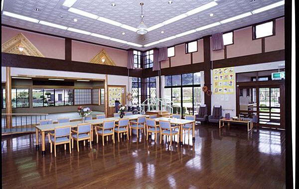 木造建築の施工事例:津山町ディサービスセンター 2枚目