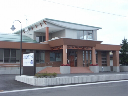 木造建築の施工事例:北秋田市民プール 2枚目