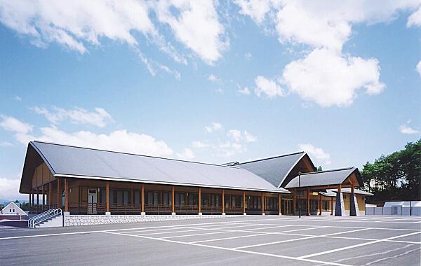 木造建築の施工事例:徳良湖温泉 花笠の湯 1枚目