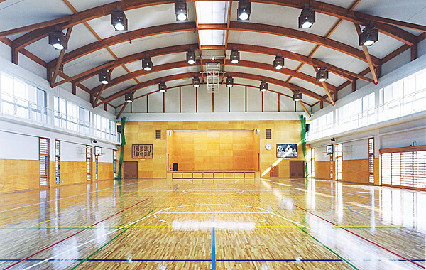 木造建築の施工事例:取手市立取手小学校 1枚目