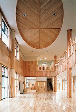 木造建築の施工事例:隠岐の島町立今津小学校 2枚目