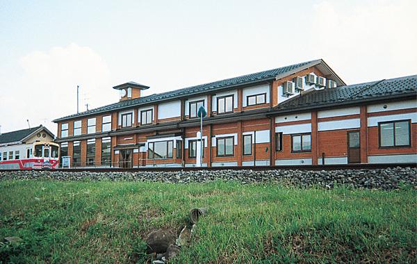 木造建築の施工事例:矢島町インフォメーションセンター 2枚目