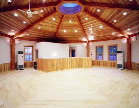 木造建築の施工事例:学校法人遺愛学院 遺愛幼稚園 2枚目
