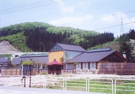 水沢温泉館