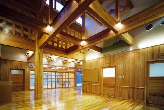 木造建築の施工事例:八日市コミニティセンター(事務所棟・ホール棟) 2枚目