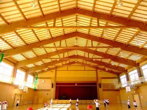 木造建築の施工事例:恵那市立山岡小学校 2枚目