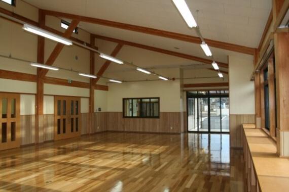 木造建築の施工事例:心身障害者授産施設 2枚目