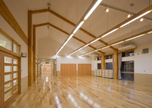 木造建築の施工事例:富山市立ほそいり保育所 2枚目