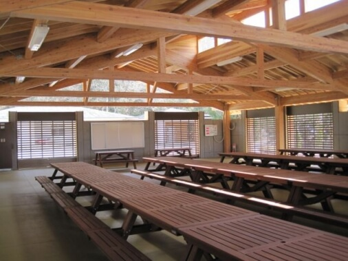 木造建築の施工事例:気仙沼大島園地体験四阿 2枚目