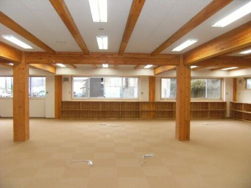 木造建築の施工事例:高柴商事(株)社屋 2枚目