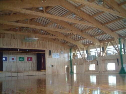 木造建築の施工事例:日向市立平岩小中学校(小中一貫校) 2枚目