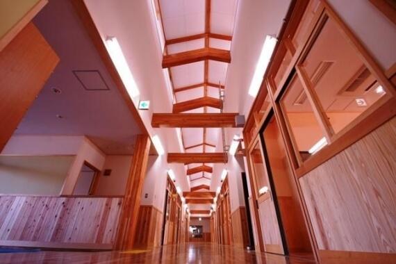 木造建築の施工事例:守山市立小津こども園 2枚目