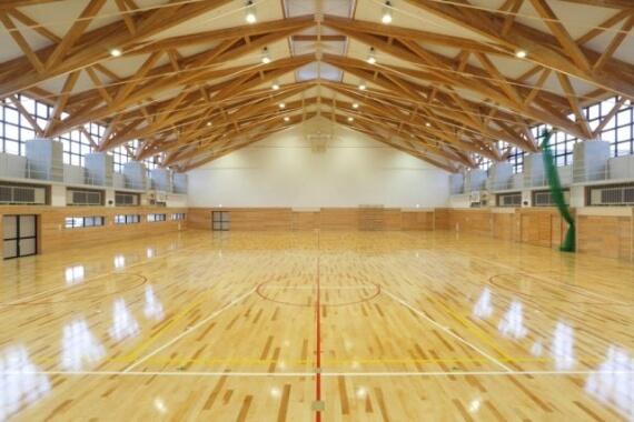 木造建築の施工事例:能代市立 二ッ井小学校 2枚目