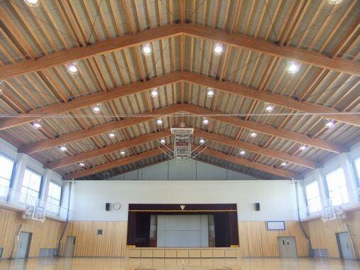 木造建築の施工事例:周南市立太華中学校 屋内運動場新築工事 2枚目