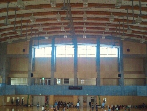木造建築の施工事例:栄体育館 2枚目