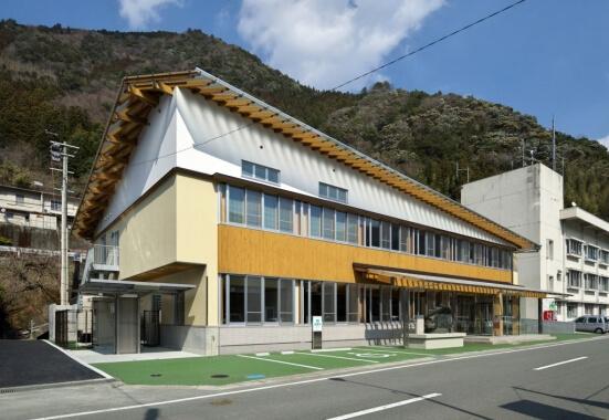 大川村役場庁舎