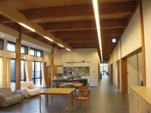 木造建築の施工事例:子羊学園三方原スクエア 支援棟 2枚目