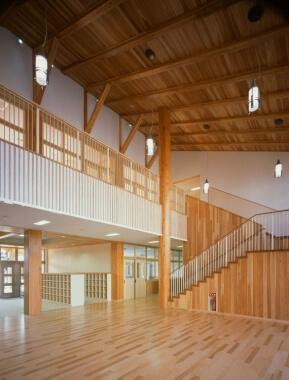 木造建築の施工事例:南種子町立中平小学校 2枚目