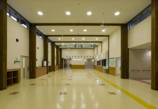 木造建築の施工事例:南島メディカルセンター 2枚目