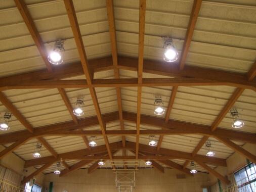 木造建築の施工事例:鳥羽市立弘道小学校 体育館棟 2枚目