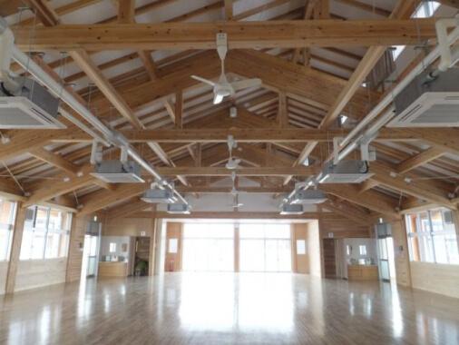 木造建築の施工事例:鳥取県立琴の浦高等特別支援学校 2枚目