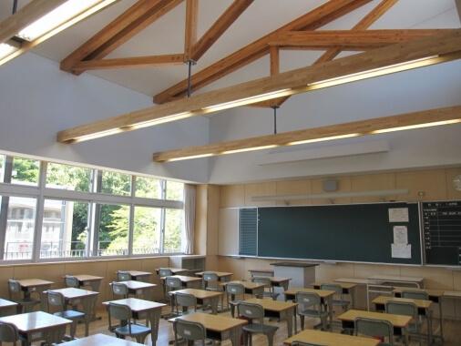 木造建築の施工事例:いなべ市立大安中学校 2枚目