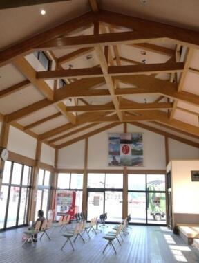 木造建築の施工事例:平戸市観光交通ターミナル 2枚目