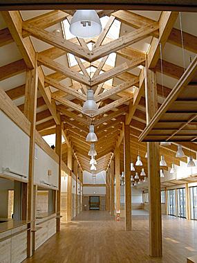 木造建築の施工事例:山辺町保健福祉センター 輝らりやまのべ 2枚目
