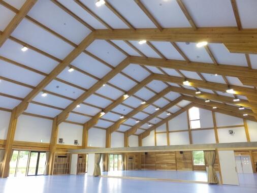 木造建築の施工事例:丹波自然運動公園 京都トレーニングセンター 2枚目