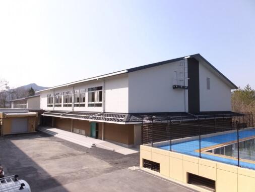 木造建築の施工事例:恵那市立武並小学校 1枚目