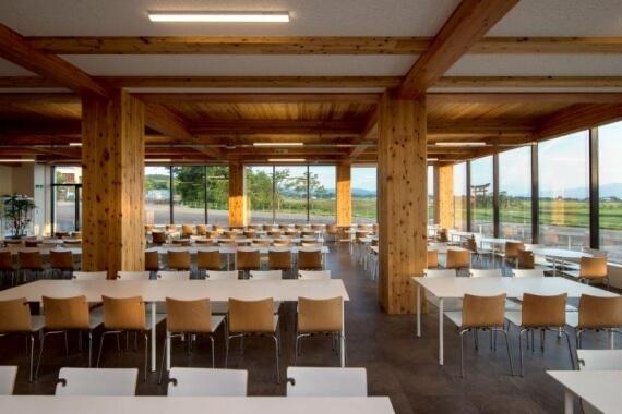 木造建築の施工事例:学校法人羽黒学園 羽黒高等学校 1枚目