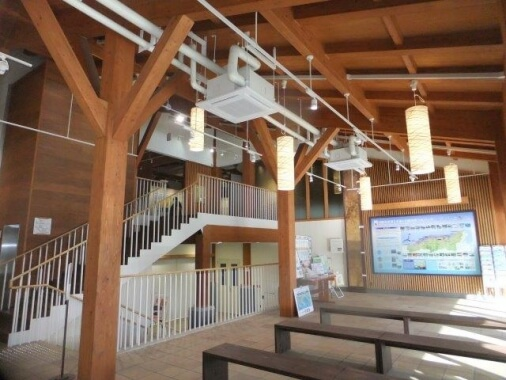 木造建築の施工事例:鳥取砂丘ビジターセンター 2枚目