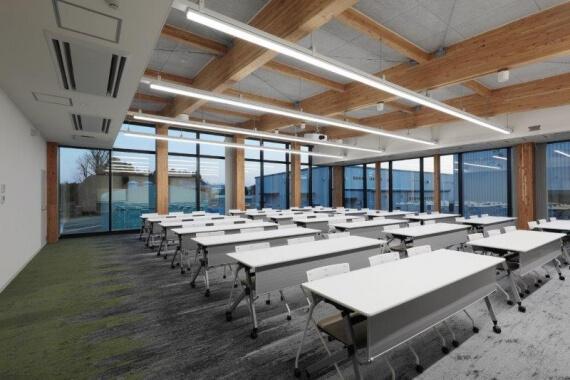 木造建築の施工事例:大豊建設㈱阿見技術研究所 2枚目
