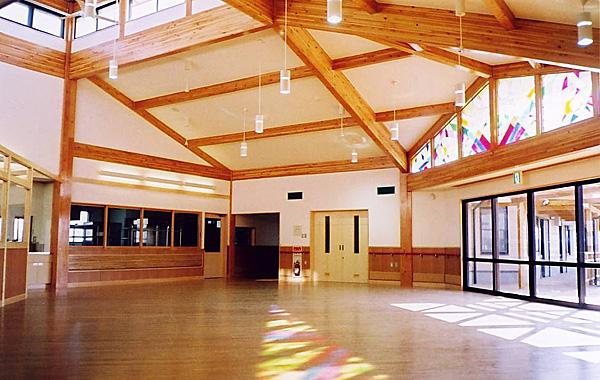 木造建築の施工事例:社会就労センター「ゆうの家」・デイサービスセンター「なすびの里」 2枚目