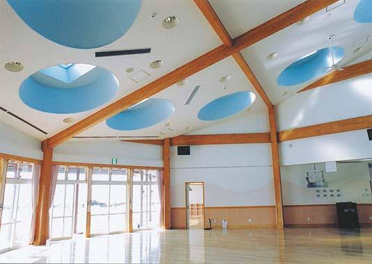 木造建築の施工事例:十和田市立とわだこ中央保育園 2枚目