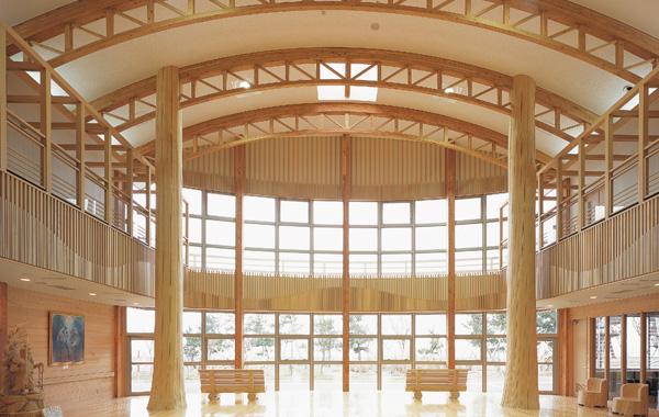木造建築の施工事例:むつ市川内町庁舎 2枚目