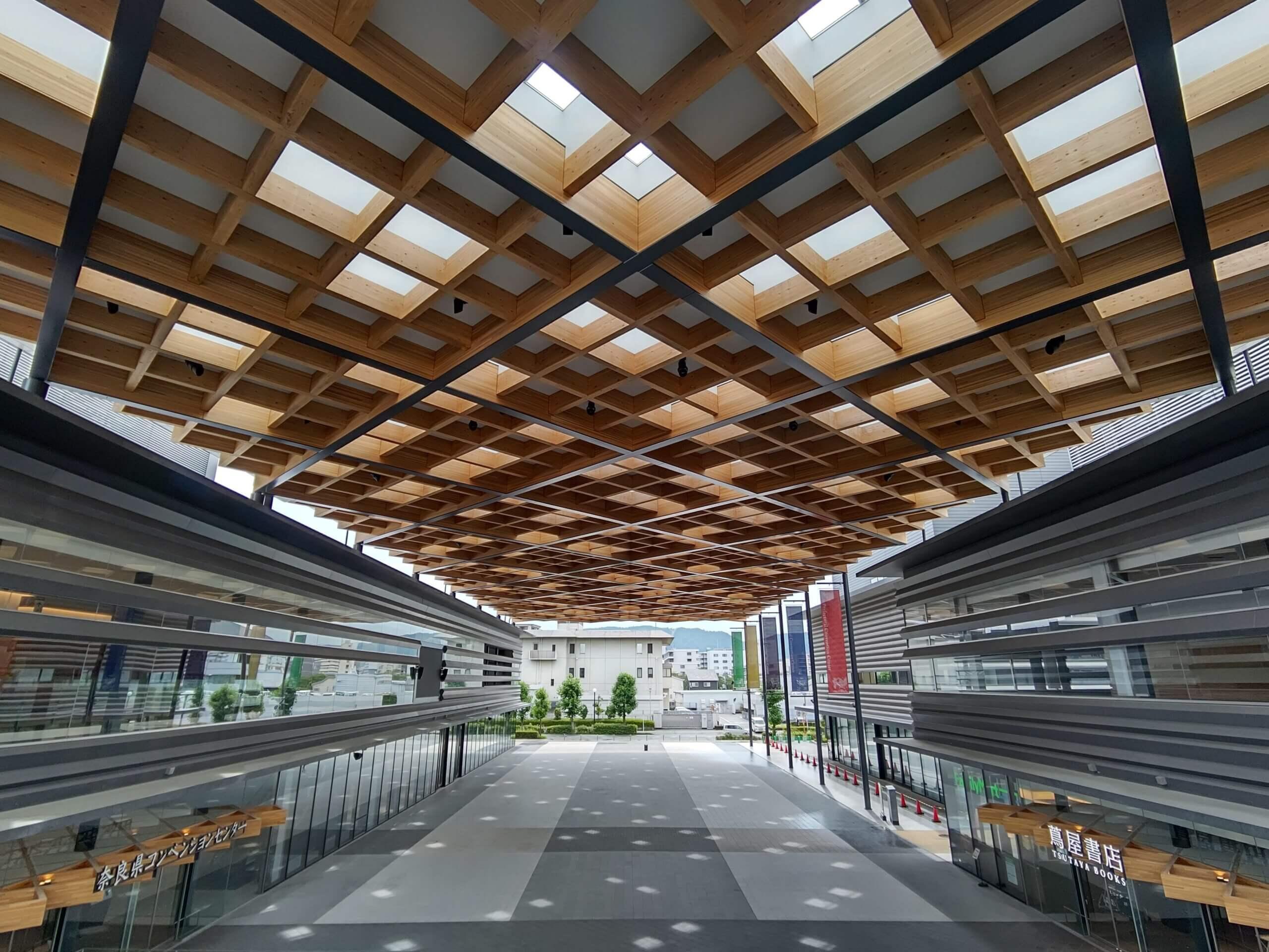 木造建築の施工事例:奈良県コンベンションセンター 4枚目