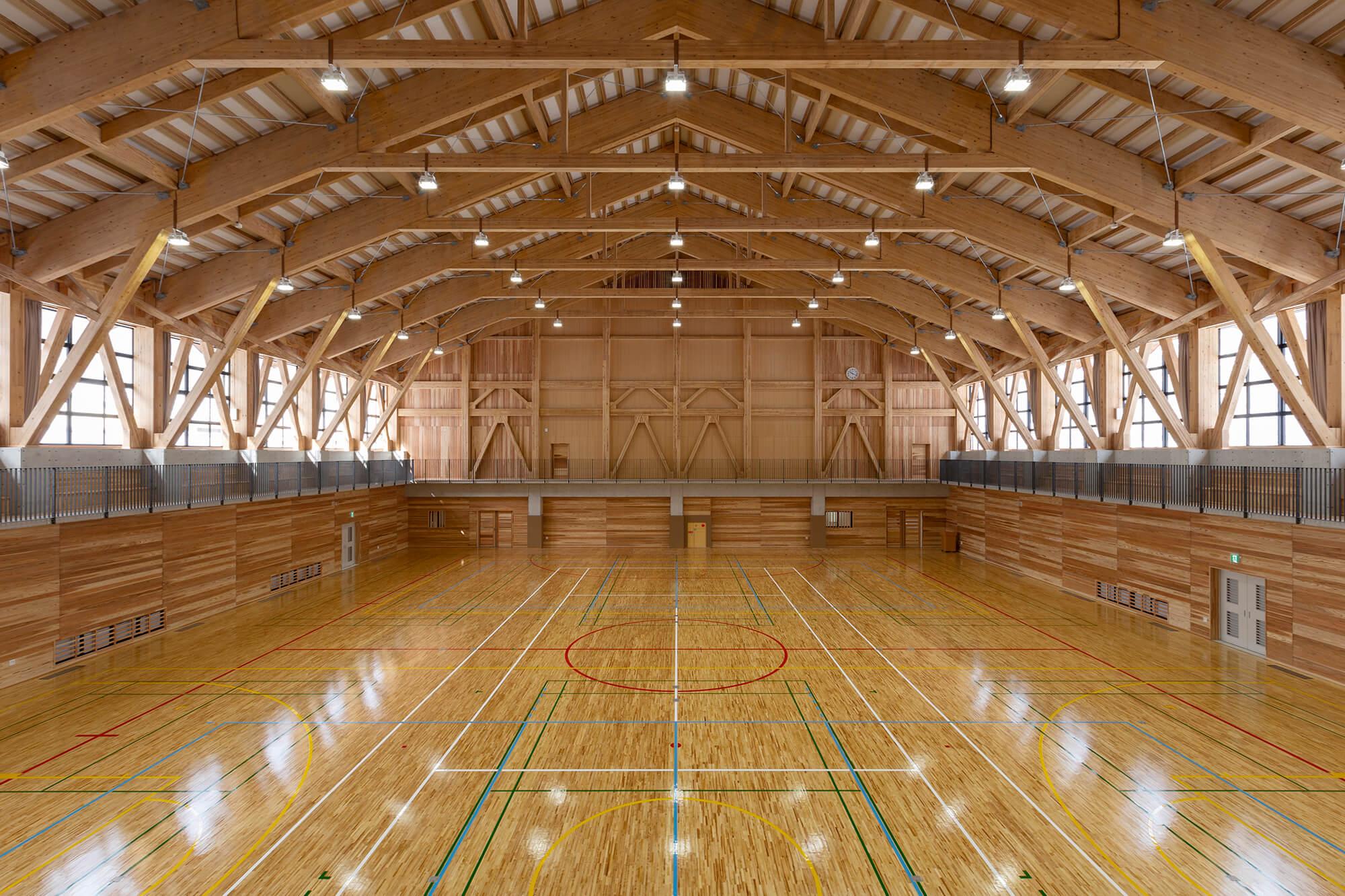 木造建築の施工事例:日南町体育館 3枚目