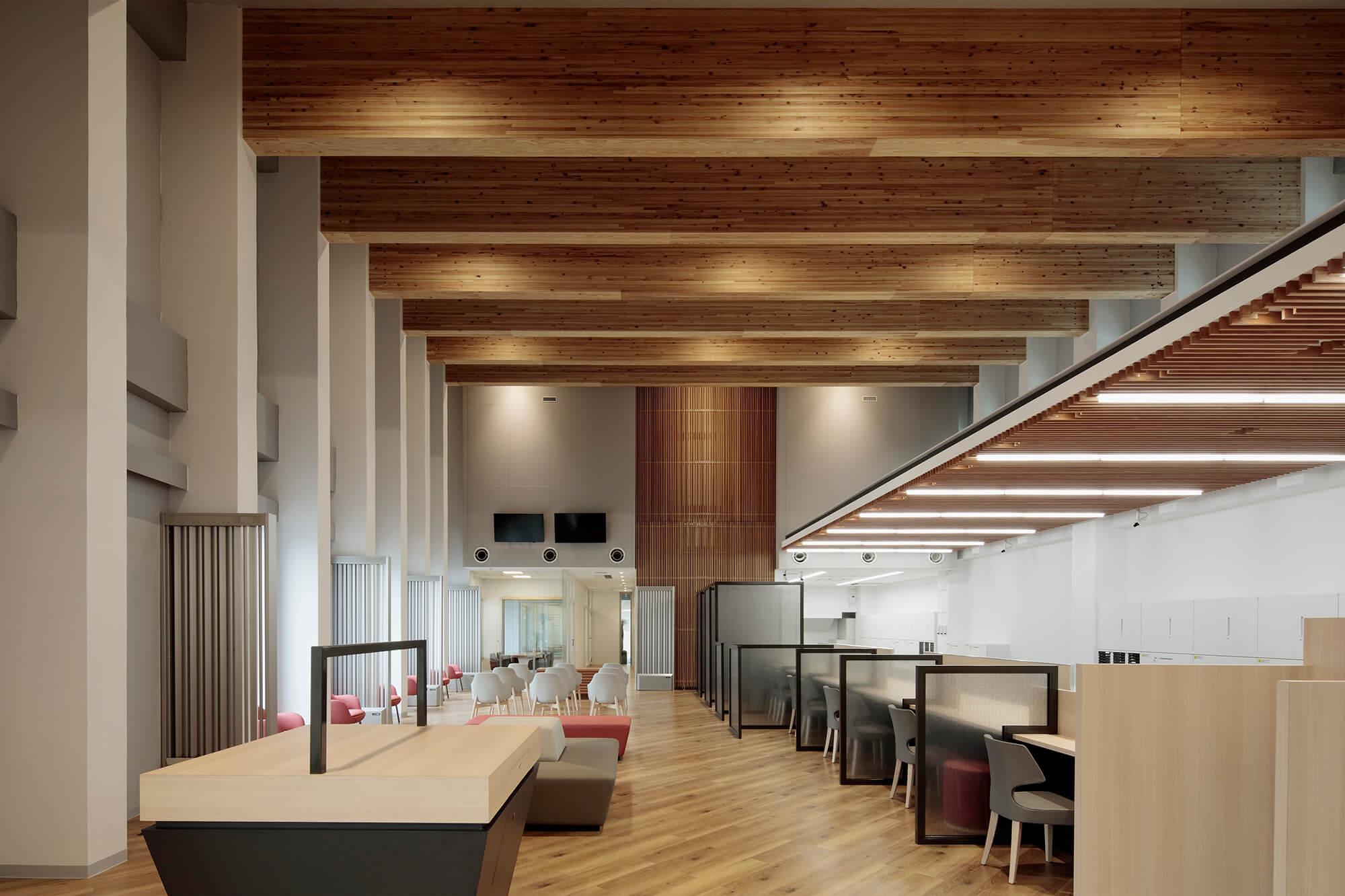 木造建築の施工事例:琉球銀行 本部支店 3枚目