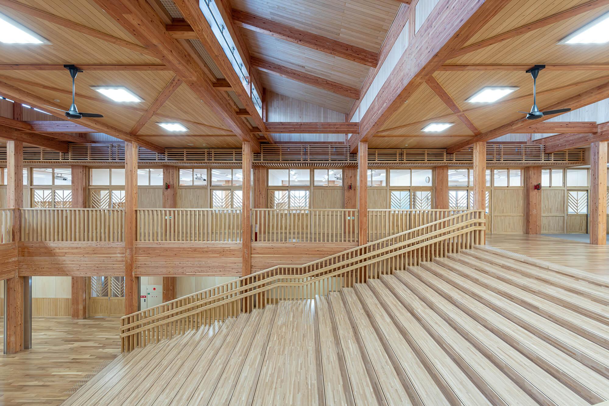木造建築の施工事例:板柳中学校 11枚目