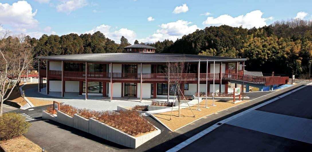 木造建築の施工事例:なら食と農の魅力創造国際大学校・奈良県農業研究開発センター 3枚目