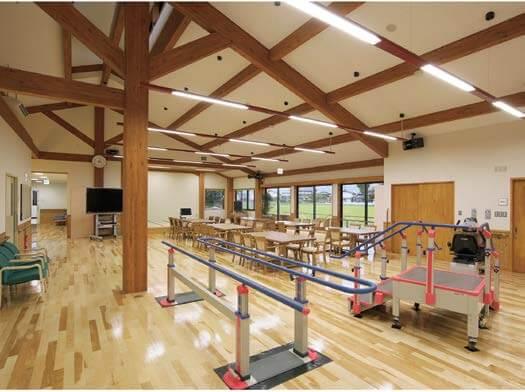 木造建築の施工事例:いなば農業共同組合デイサービスセンター さんごの家 2枚目